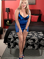 60 Plus MILFs - 25 and 24 go into 63 - Luna Azul (52 Photos)